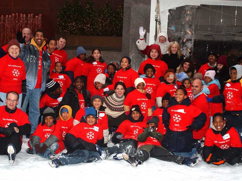 RIZK-VENTURES-AND-ALONZO-MOURNING-HOST-ICE-SKATING-Feature